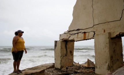 Uragano nuniokotame Puerto Rike dėl užtvankos griūties pavojaus evakuojami tūkstančiai žmonių