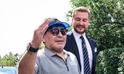 Breste – neeilinis sujudimas: Maradona ištesėjo duotą pažadą ir atvyko į Baltarusiją